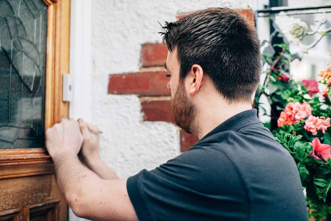 locksmith providing new locks